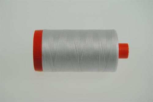Aurifil Mako 28 100Meter Natural White 2021